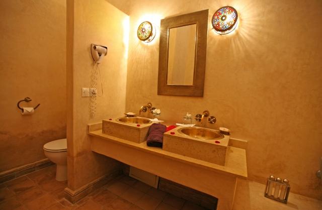 http://www.riadalwane.com/photo/img_1918_1404322408.jpg