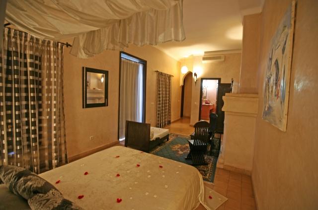 http://www.riadalwane.com/photo/img_2184_1404322814.jpg